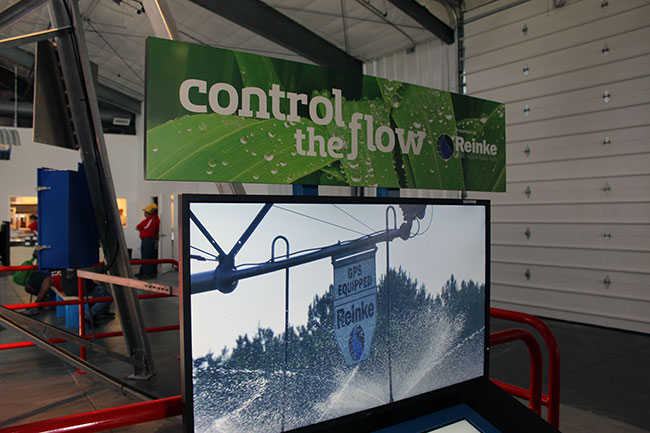 "Using the interactive controller, you can ""program"" the pivot according to crop, terrain, soil type and soil moisture"